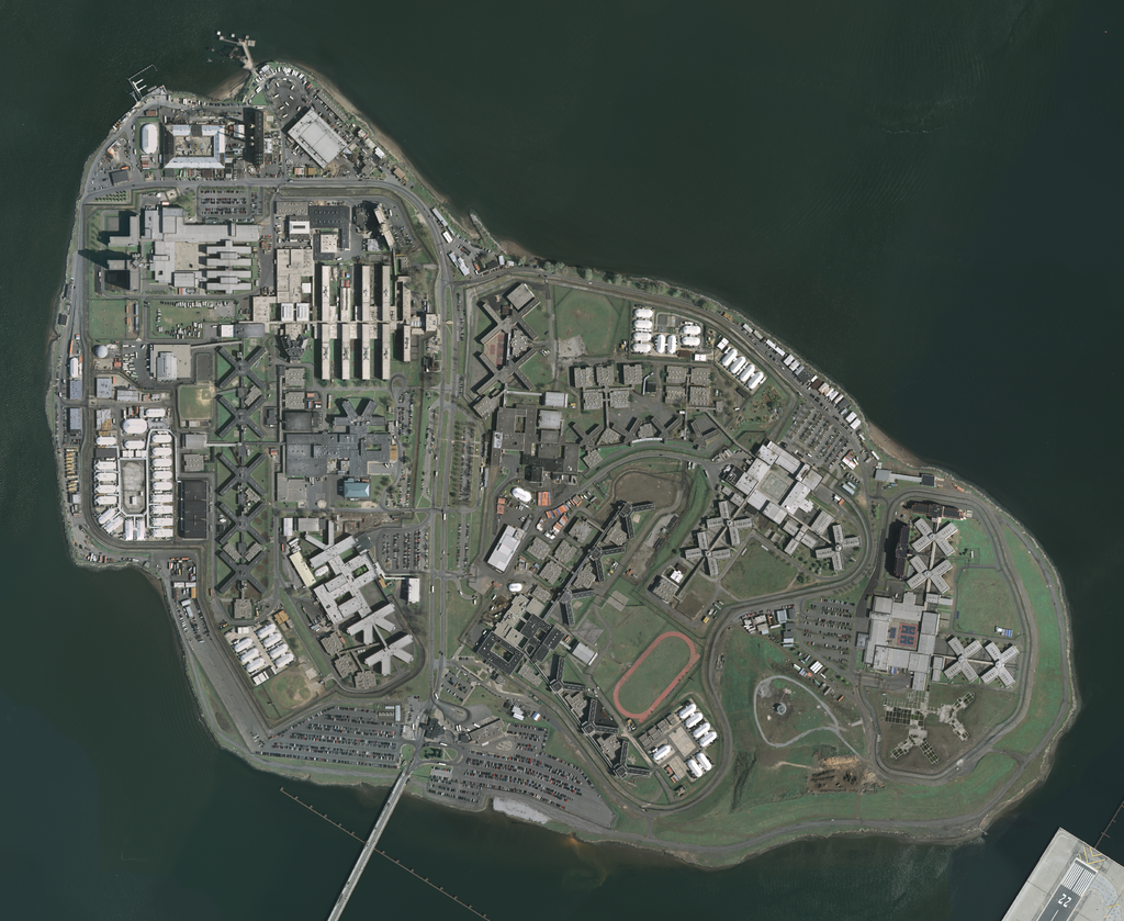 Satellite photo of Rikers Island
